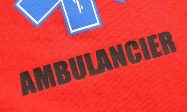 Service:Bekleidungs-Aufdruck 'AMBULANCIER' auf Vorderseite